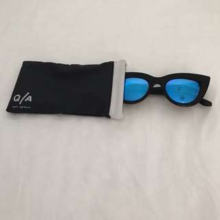 Quay Cat Eye Sunglasses Blue lense