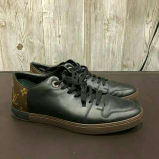 Sepatu Original Louis Vuitton Size 7(41)