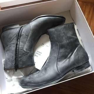 Maison Martin Margiela X H&M Zip Up Leather Boot