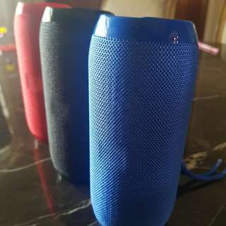 Bluetooth Portable Speaker [Splashproof] - Include Mail PLUS FREE holder