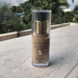 MAX FACTOR - Facefinity 3in1 Foundation - Golden 75