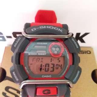 CASIO G SHOCK GD -400 -D ,購自日本