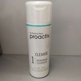 Proactiv renewing cleanser