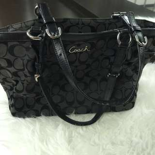 Coach (authentic) preloved