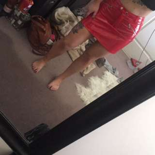 i am gia red skirt