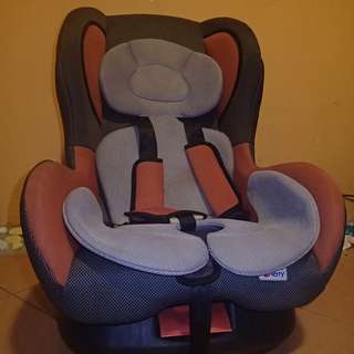 Child Car Seat - Sweet Cherry