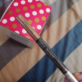 Designing Eyebrow Pencil in shade Light Brown