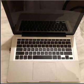 Macbook pro 2.7ghz i7 13inch 2011