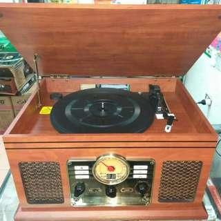 Nostalgic vintage style retro turntable