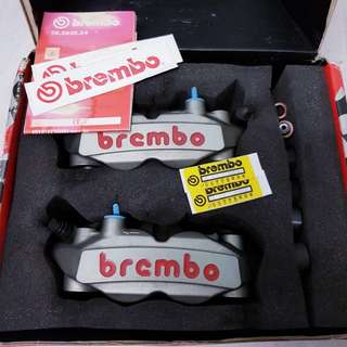 Authentic brembo M4 Calipers 108mm with box instock