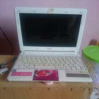 Netbook acer Aspire One D270 Limited Edition Baloon Carnival