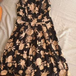 ‼️REPRICED‼️Dorothy Perkins Floral Dress in Navy Blue