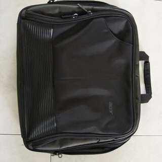 """Acer laptop bag ( size 18"""" )"""