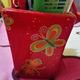 preloved - tempat kotak pensil dr tanah liat