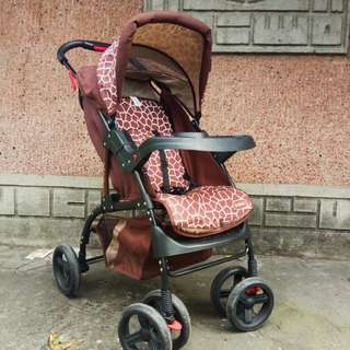 LOW PRICE‼️Juniors Baby Stroller Giraffe