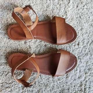 2 x pairs of ladies sandals