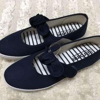 🚚 素色休閒帆布女鞋618