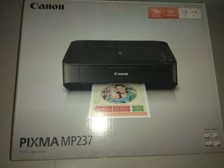 Canon 3 in 1 print copy scan - garage sale $18