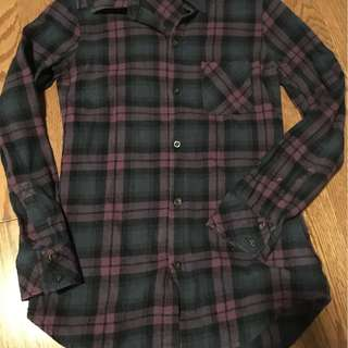 basic purple/blue flannel, size small