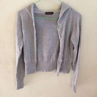 🚚 [3件100]灰色珍珠釦針織外套