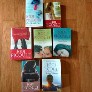 $3.90 jodi picoult salem falls, the pact, change of heart, tenth circle, my sister's keeper, second glance, handle with care. good condition. 7for$27.30 (or$4.80each). internationally bestselling author, new york times bestseller.