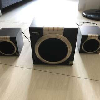 現代電腦音箱