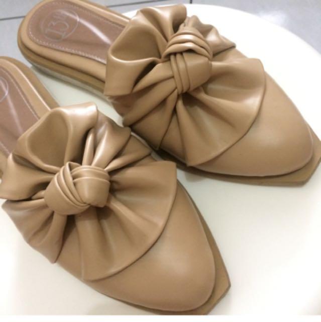 13thshoes cream tan