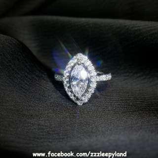 實物拍攝 超閃主石2卡欖形高炭鑽臂鑲碎石S925純銀6層包金戒指,可訂造任何圈碼