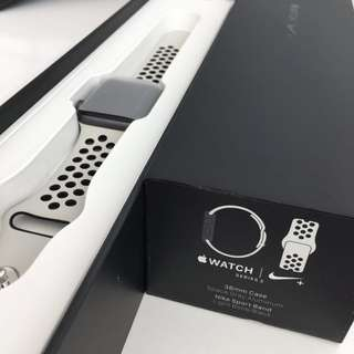 Nike plus Apple Watch 骨白色 38mm