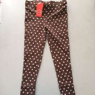 Leggings with heart print