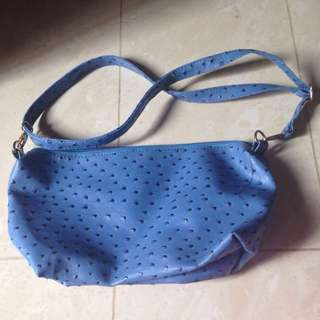 Sling bags for FREE