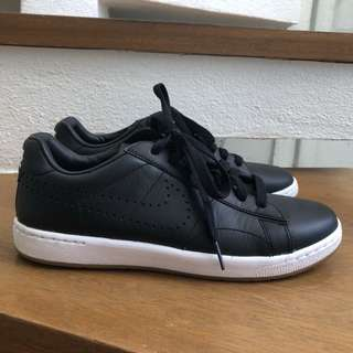 Brand new Nike Nike Women's Tennis Classic Ultra Leather Black