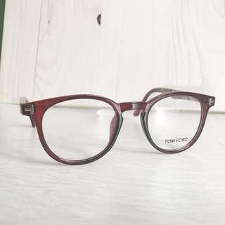 Kacamata Tom Ford