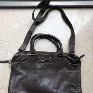 Balenciaga 斜孭袋