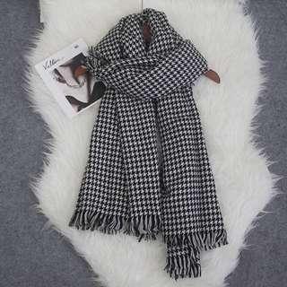 全新黑白千鳥格頸巾 scarf