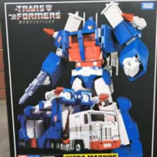 MP Masterpiece Transformers Ultra Magnus