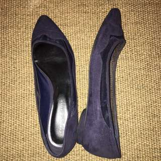 7bc0aa296293ff Unique Charles and Keith Navy Blue Ballerinas