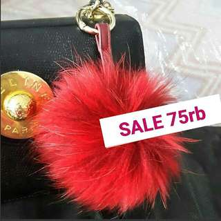 BIG FUR SPLASHY RED BAG CHARM