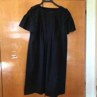 BURBERRY 黑色短袖連衣裙