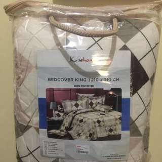 Bed cover king size