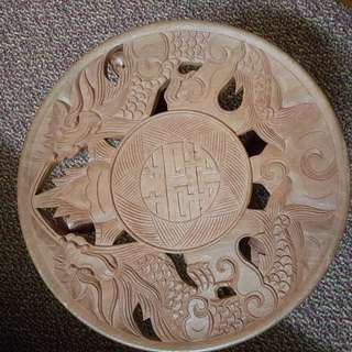 Foldable side table with dragon carving
