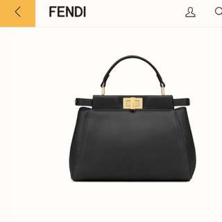 Fendi mini peekaboo crossbody bag 全新