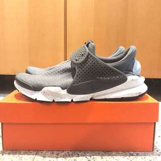 Nike sockdart US11