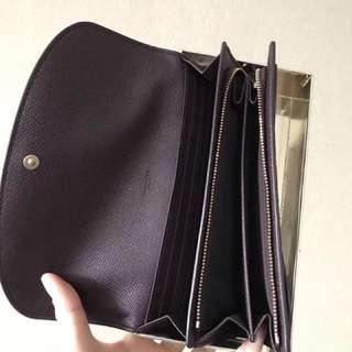 coach女士銀包禮盒,超值款850港幣翻蓋款 包郵到手,現在這幾個顏色都有現貨,落單即發貨