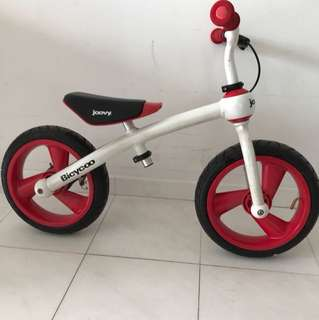 Joovy Bicycoo kids balance bike