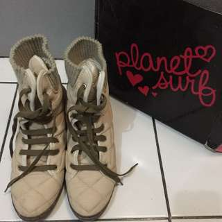 PLANET SURF BOOTS