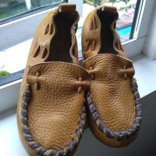 Baby shoes - size 26