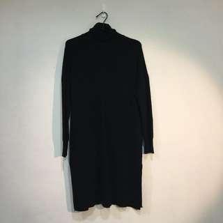 黑色套頭超溫暖長毛衣