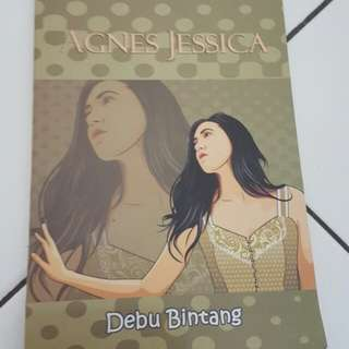 Novel Debu Bintang - Agnes Jessica