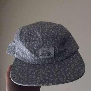 🚚 Less 五分帽